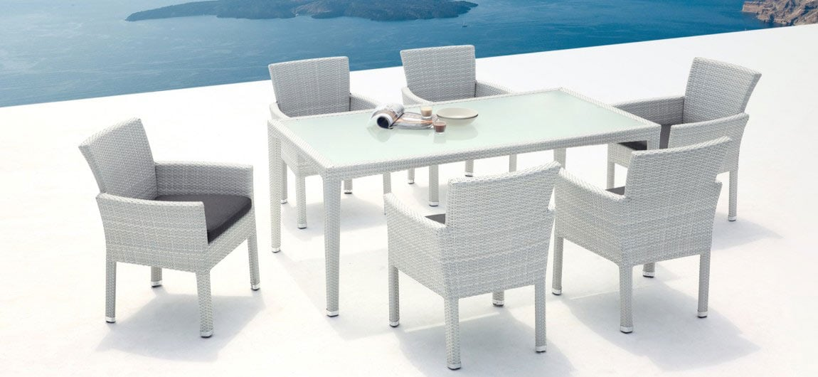 Wicker Six Seat Outdoor Dining Set