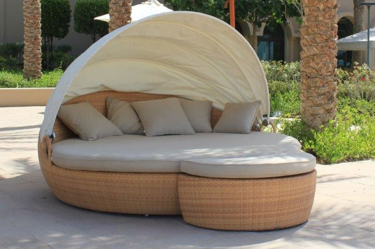 New Outdoor Daybed Reaches The Pacific Islands