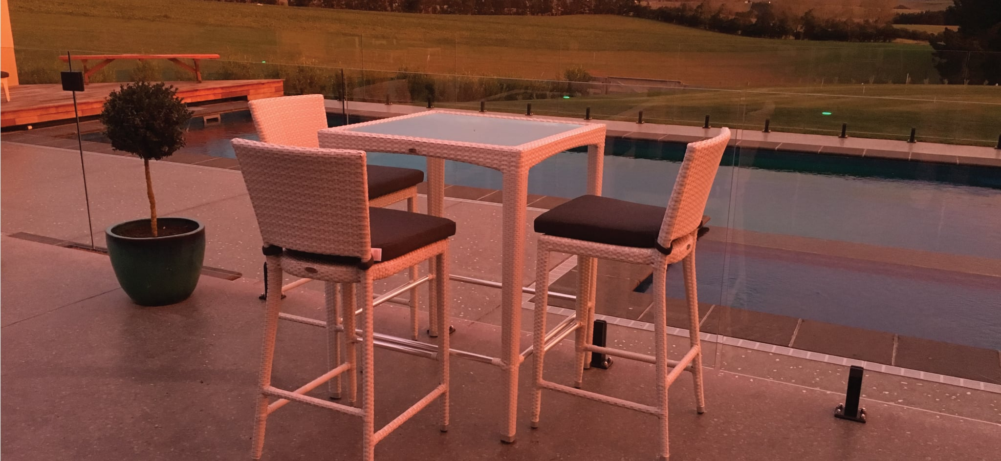 Venice White Outdoor Bar Set