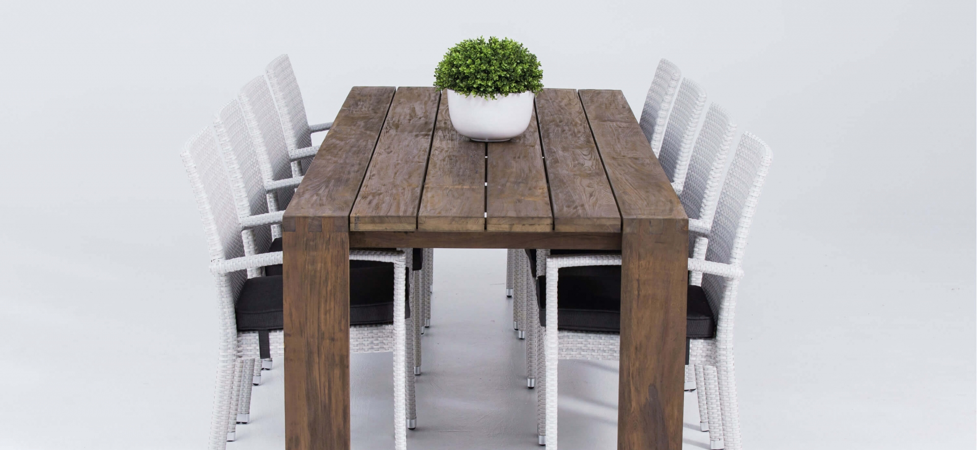 Outdoor Teak 2.6m Table and Chairs