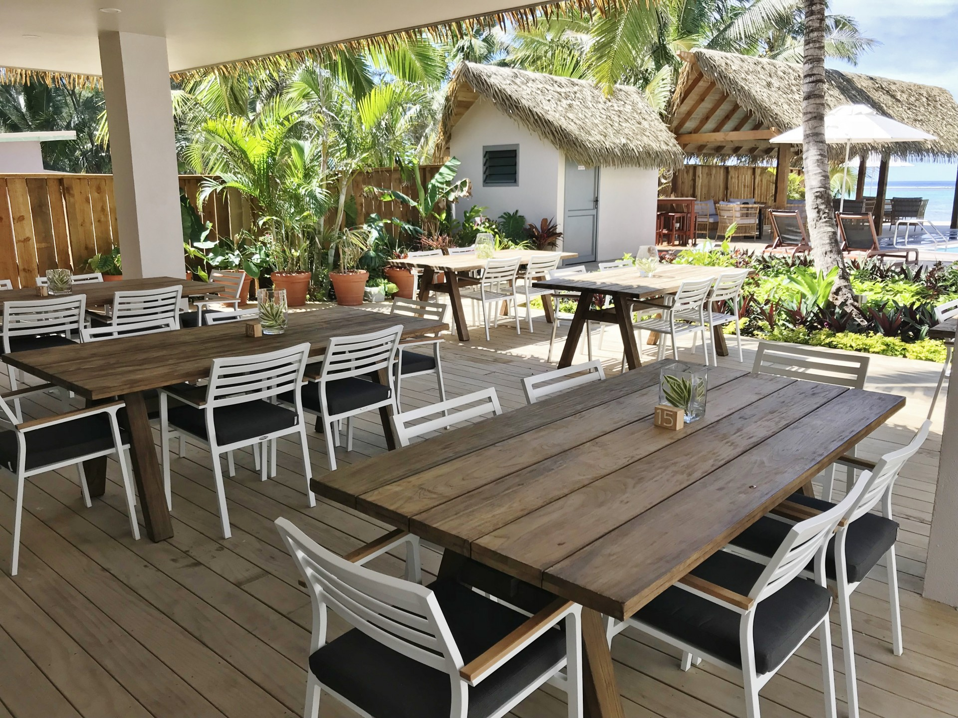 Moana Sands Lagoon Resort Outdoor Dining Furniture