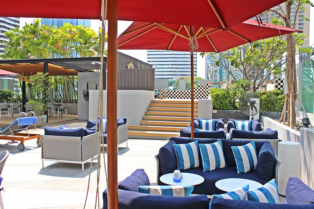 Paddy lounge suite graces outdoor area